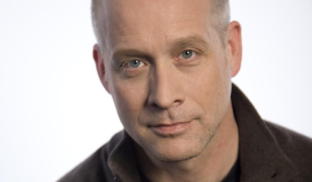 Director Eric Simonson
