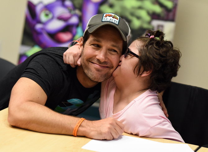 Paul Rudd with patient at Children's Mercy Hospital